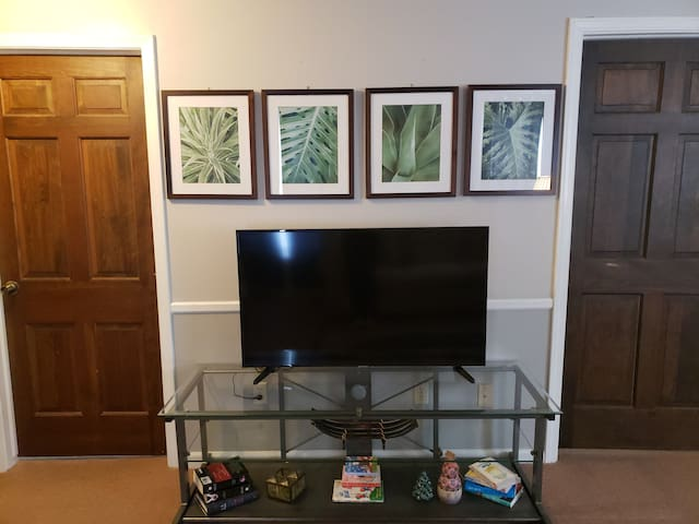 """50"""" smart TV with access to Amazon Prime video,  Hulu,  Netflix"""