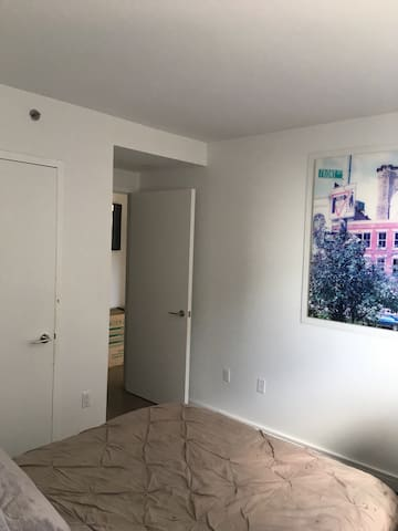 Penthouse living 1 single room 4 a night or 2!!!