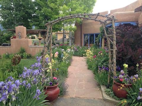Casa las Flores in Arroyo Seco