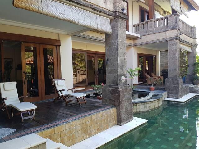Villa Sungai - Denpasar Barat - Villa