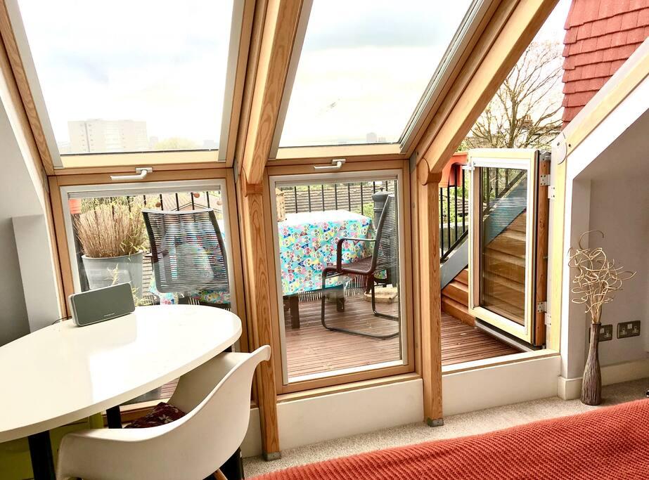 Main bedroom & balcony - desk space/velux windows