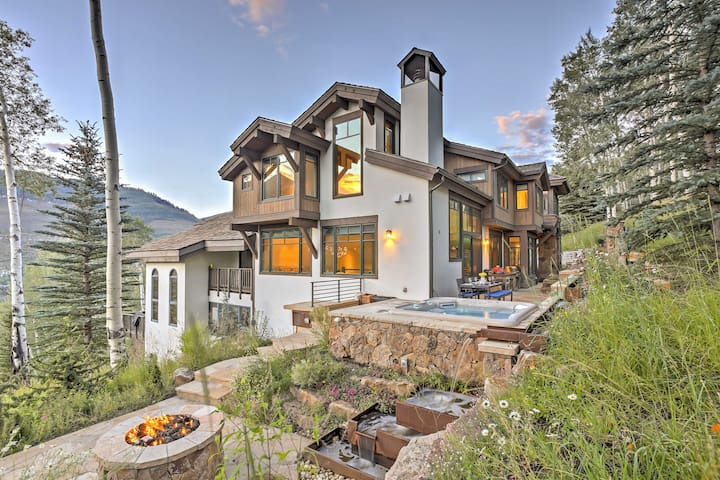 'Alpine Haus' Luxury Home w/ Spa - Near Vail Vlg!