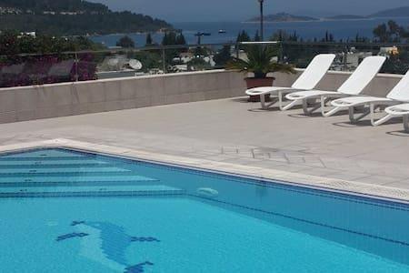 Torba Özel Havuzlu Villa 1052 - Torba Mahallesi