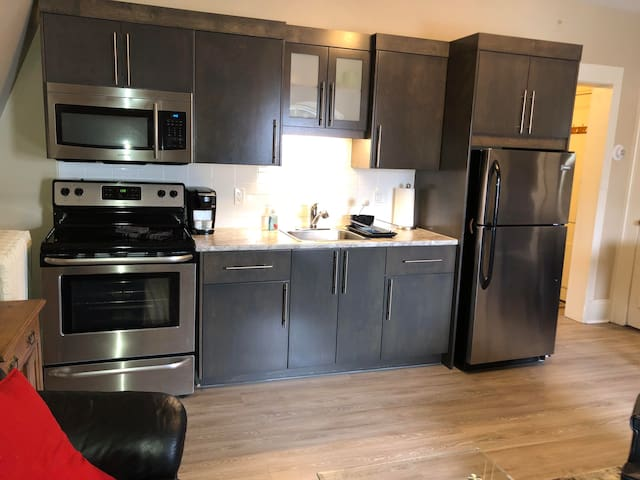 1 bedroom  Apt (402) in Heritage Building