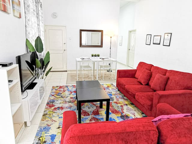 22 Residency Homestay / 4BR / fully airconditioned