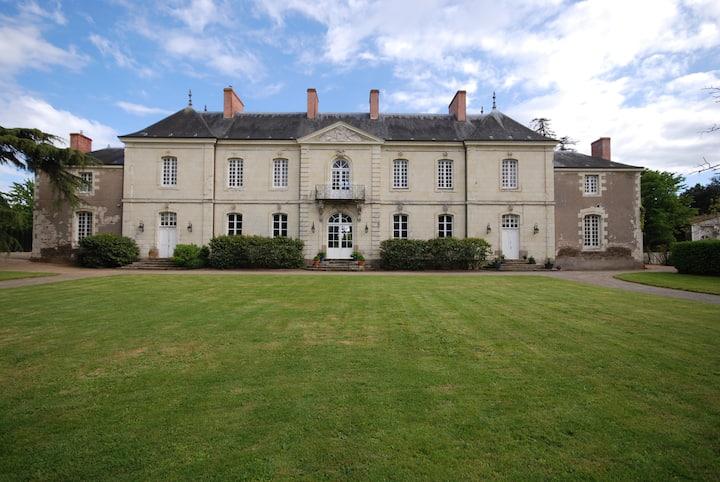 Vie de Château à Nantes Chambre pour 4 personnes