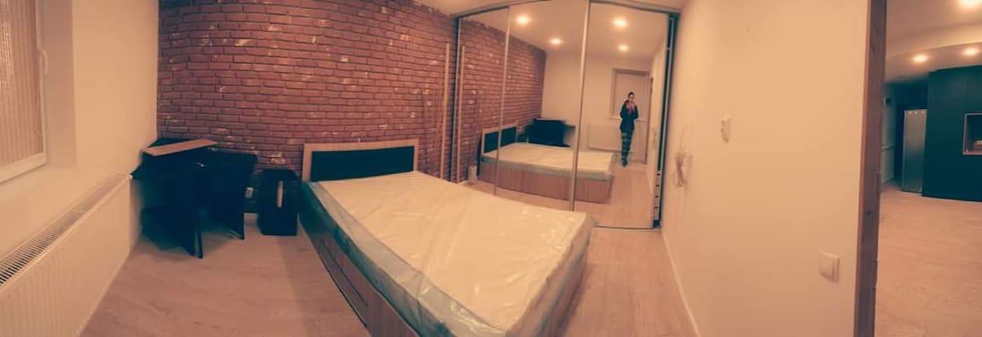2 Bed Apartment near Vivo Mall