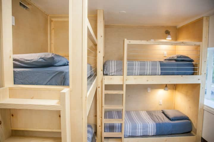 DormShare twin pod in a shared room