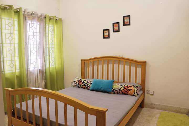 Private room in a villa on monthly rental basis