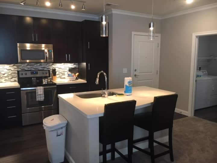 ✳✳Large Apartment In Blue Ash✳✳