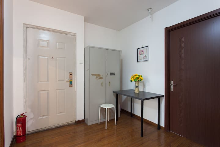 beijing sublets, short term rentals & rooms for rent - airbnb, Innenarchitektur ideen