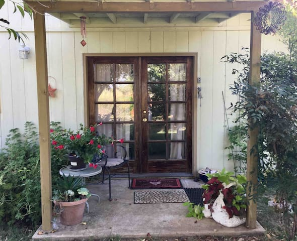 Farm Fresh - Quiet Country Stay