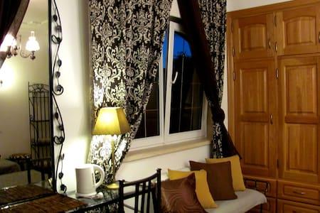 DeLuxe Residence in Luxury Villa☆☆☆☆☆ 2-3Guests - Maceira - Leilighet