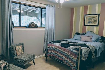 Barry Bay Hideaway: Room 3