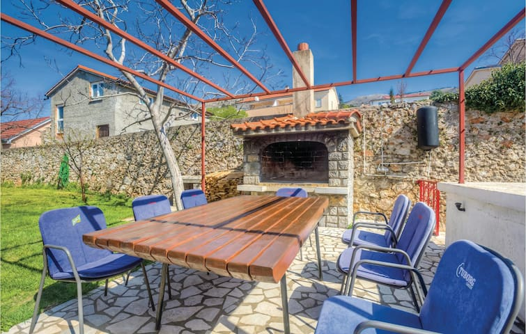 Holiday cottage with 1 bedroom on 39m² in Senj