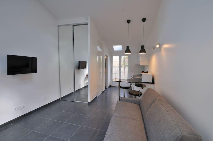 Petite maison indépendante proche de Paris