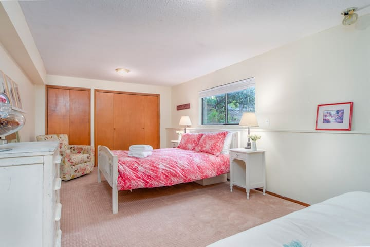 Basement Queen Bedroom with Rocking Chair and Full-Sized Futon; Desk Available Upon Request