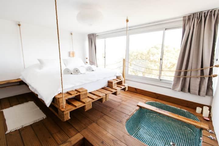 BOHO apartment ◦  incl. bathtub, Wifi and Netflix