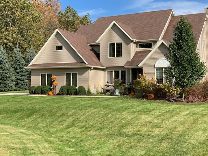 Spacious House only 9 miles from Ryder Cup!