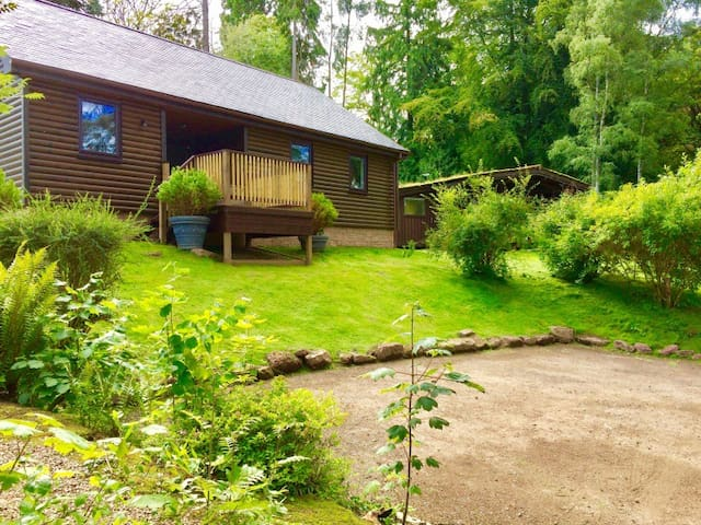 New Stunning 2 Bed 2 bath Lodge weekly discount