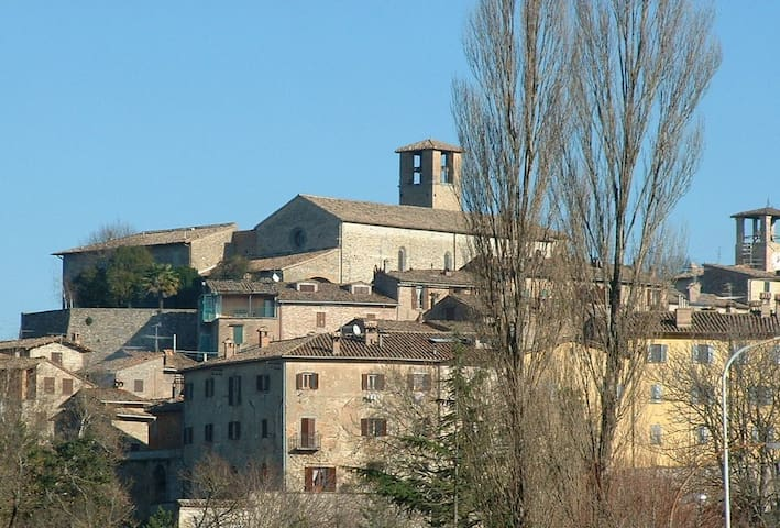 Experience Medieval Italy - Montone - House