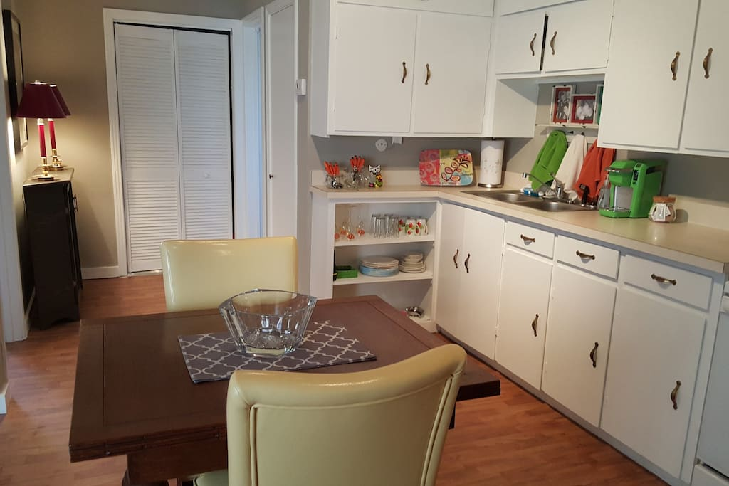 Dallas Bungalow White Rock Lake Apartments For Rent In Dallas Texas United States
