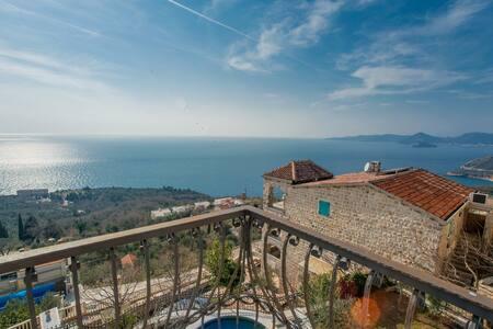 Villa Deluxe @ Olive Resort