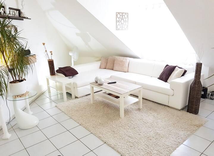 Schöne & moderne DG Wohnung in Bad Kreuznach