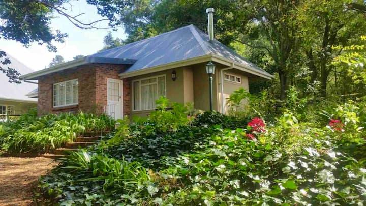 GlenGyle Farm Cottages, Dargle: Fuschia Cottage
