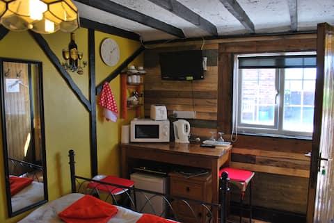 THE PADDOCK, dormitorio doble con baño