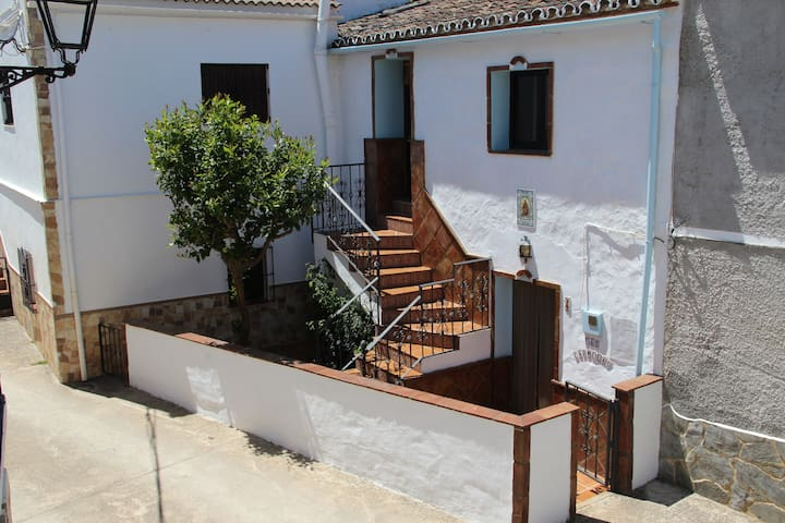 Airbnb Alpandeire Vacation Rentals Places To Stay