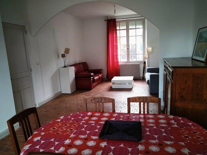 Maison proche CHU et centre Angers
