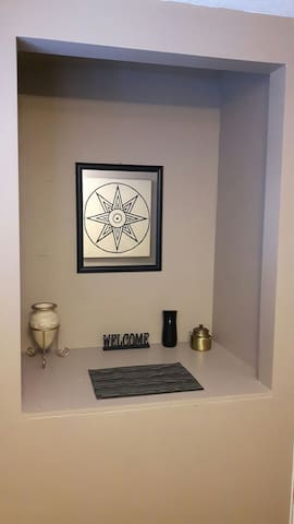 The Sumerian Room in  ~Our House~ - Calgary - Rumah