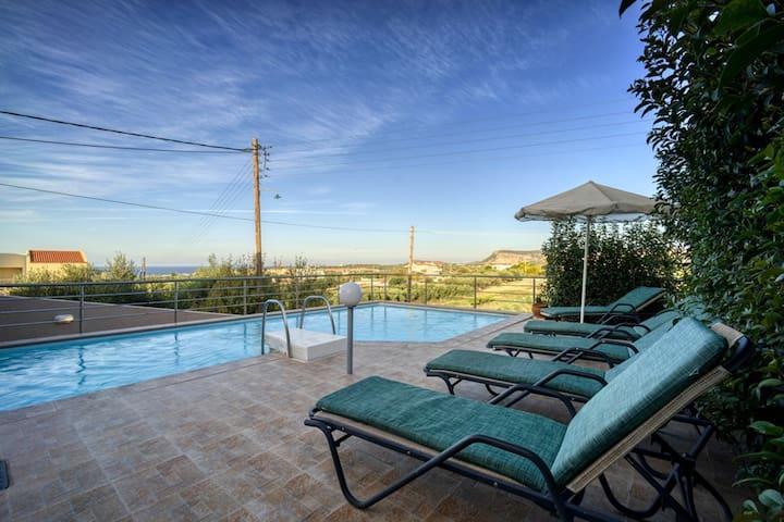 Seaview - Private Pool