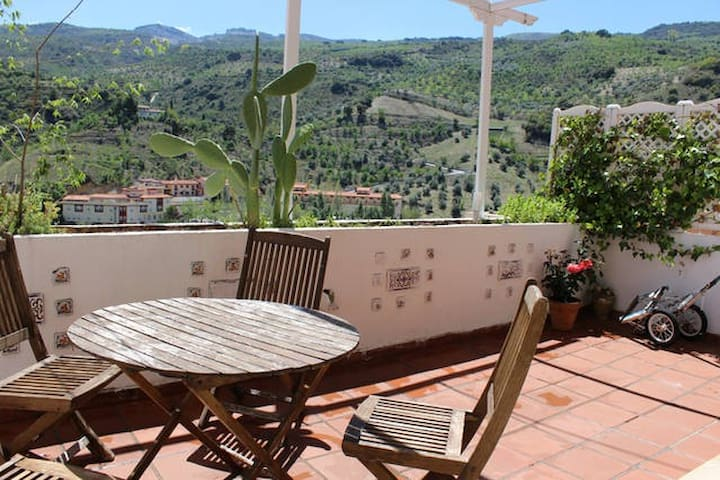 Wonderfull apartment in Pinos Genil, Granada. - Pinos Genil - Apartment