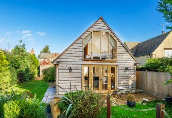 Lovely Garden Annex with Breathtaking Views - Long Hanborough