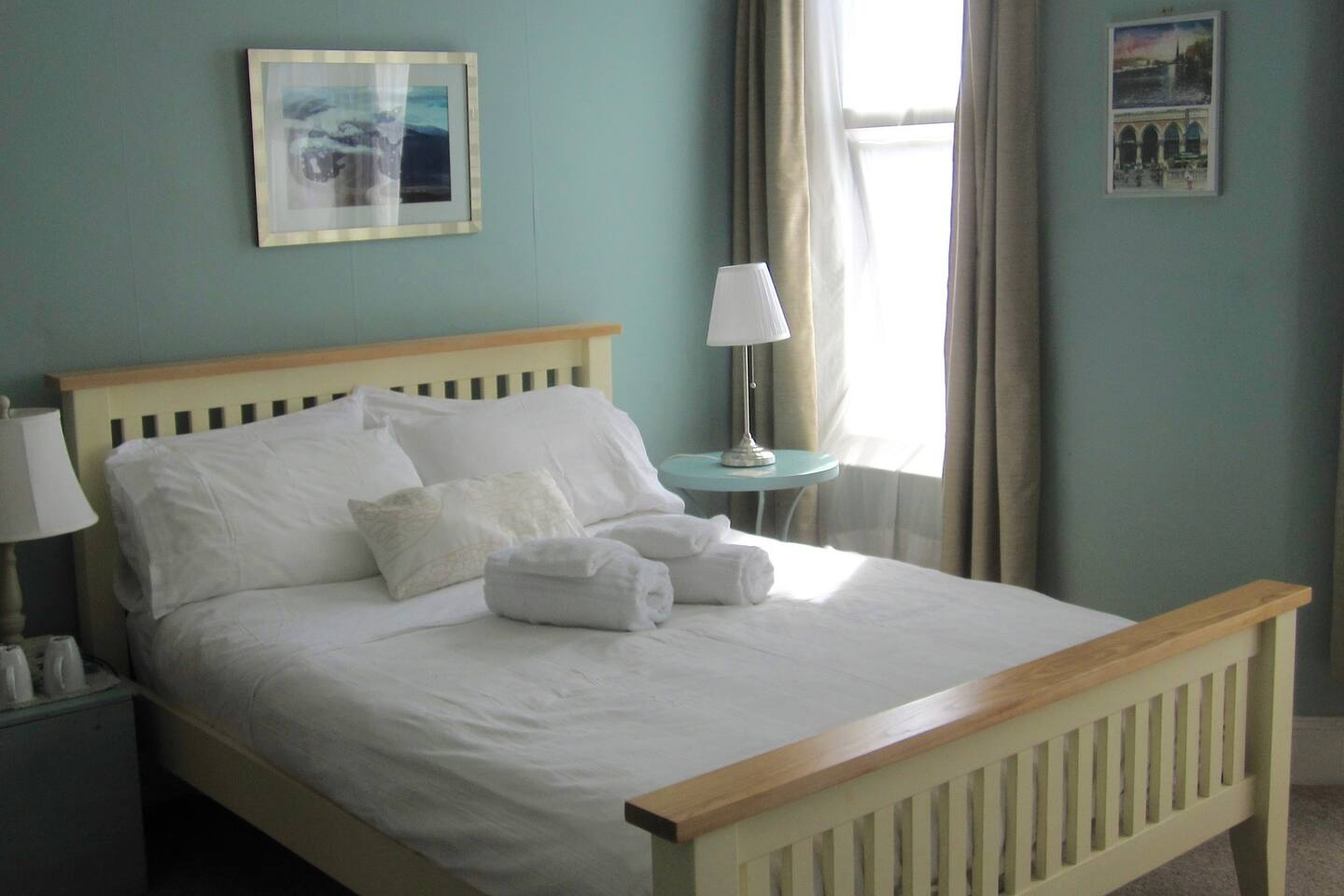 Comfortable bed; quiet, airy, light room