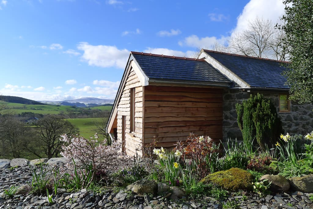 The Barn at Ty Beic, holiday cottages for mountain lovers
