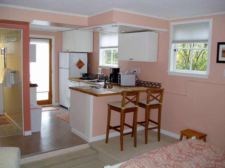 View of kitchen/dining area