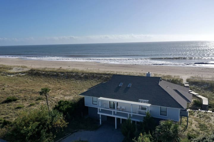 Oceanfront, BHI Club W/Golf, Private Beach Access, 2 Master bedrooms, Perfect for the whole family