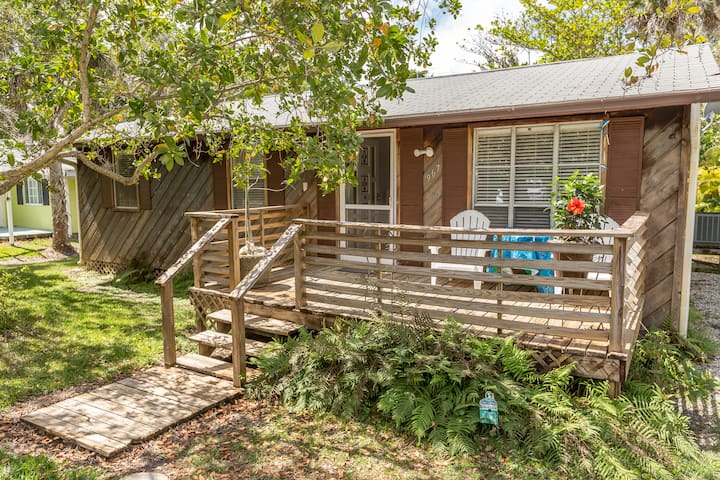 3BR/1BA Sanibel Island Cottage - Sanibel
