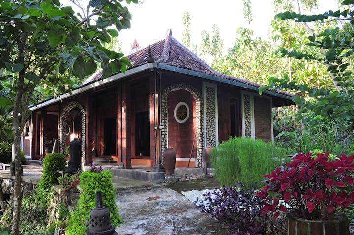 VillaTentrem unique Javanese style