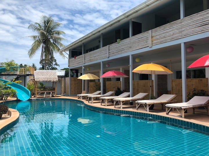 Samui Zenity -Suite 1 for rent big pool and slider