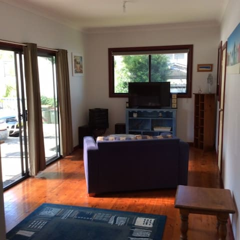 Waterfront retreat 2 bed self contaned unit - Chittaway Point - Apartment