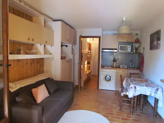 Lovely studio flat La Colmiane