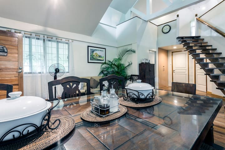 MODERN COTTAGE IN TANAY, RIZAL. 2 BEDROOM & LOFT. - Tanay - Hus
