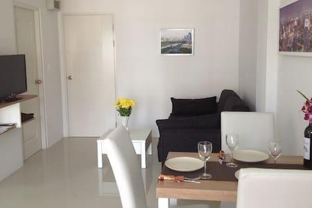 Grand Beach Condominium 1 A305 - Kram - 公寓