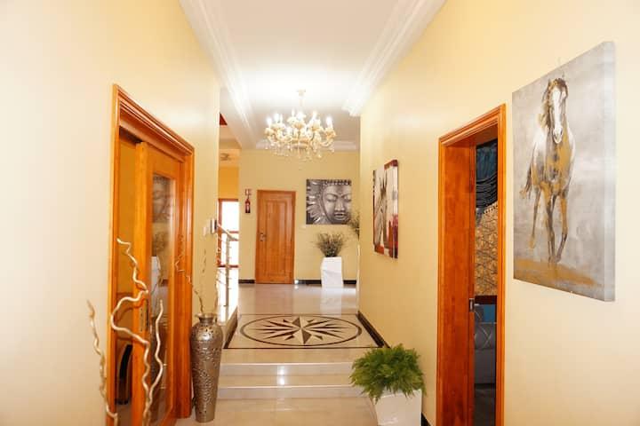 Villa Ngor Diarama