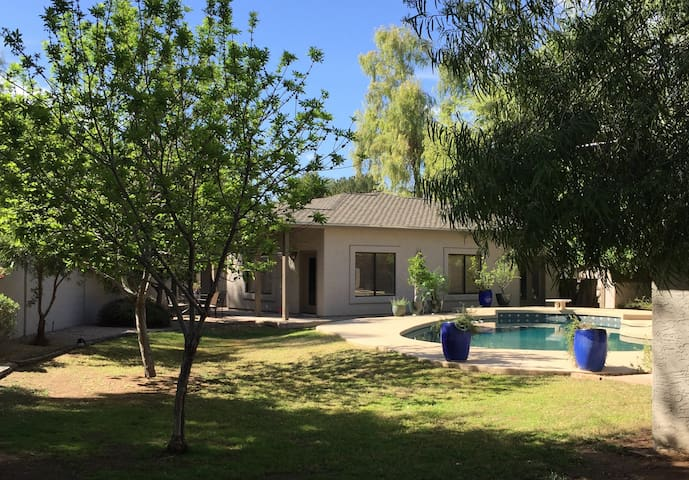Clean, Cozy Casita with Pool and Covered Parking