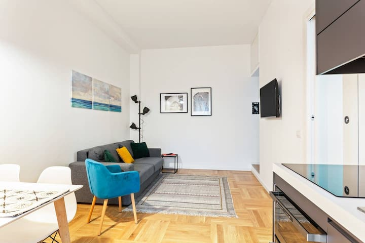 Design and new flat in Navigli district